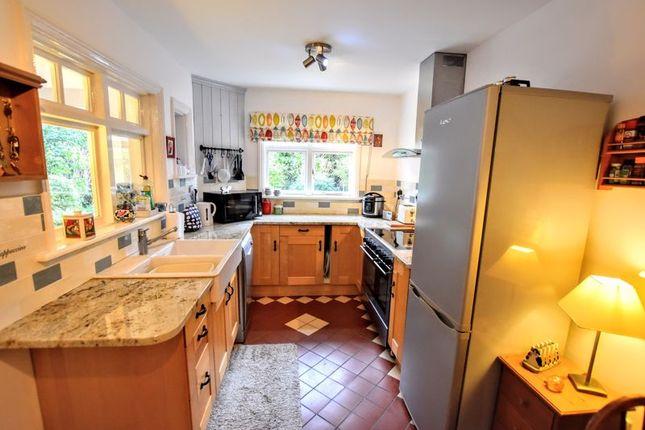 Kitchen of Leon Avenue, Bletchley, Milton Keynes MK2