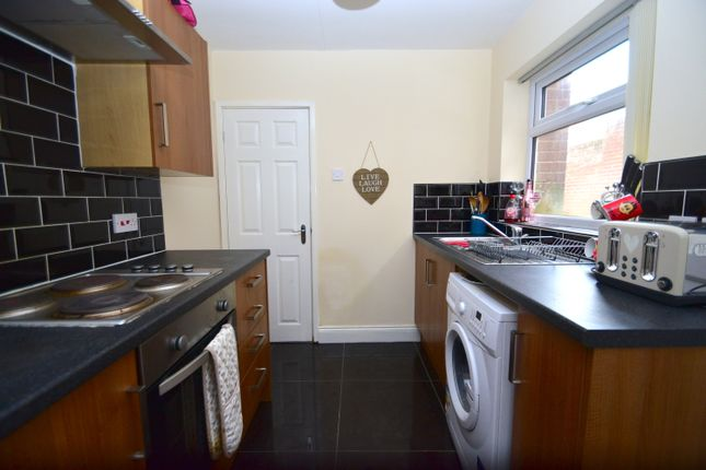 Thumbnail Flat for sale in Malcolm Street, Heaton