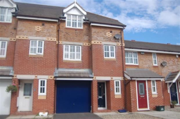 4 bed property to rent in Harbour Way, Fleetwood
