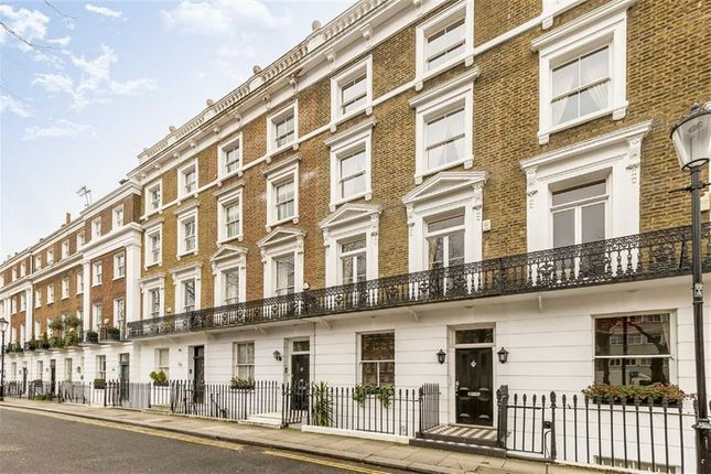 Thumbnail Property for sale in Royal Avenue, London