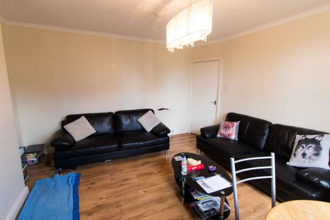Thumbnail Flat to rent in Flat 2, 55 St Michaels Lane, Headingley
