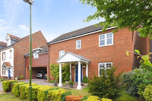 Thumbnail Link-detached house for sale in Hunnisett Close, Selsey, Chichester