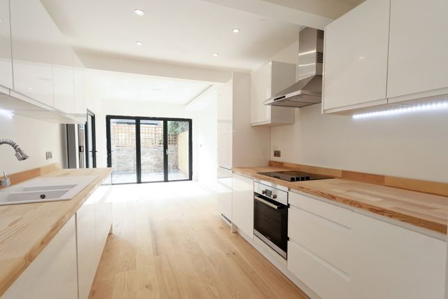 Thumbnail Terraced house for sale in Whateley Road, East Dulwich