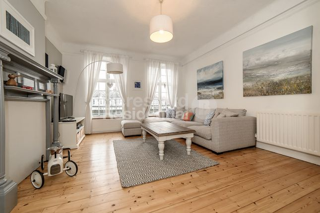 Thumbnail Flat for sale in New Park Court, Brixton