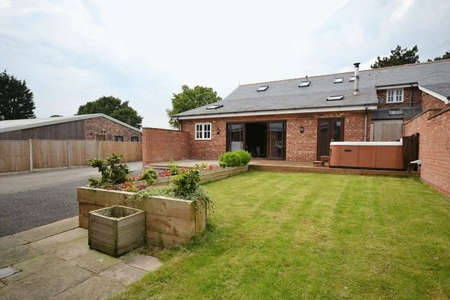 6 bed semi-detached house for sale in 1 Blue Stone Barn, Blue Stone Lane, Mawdesley