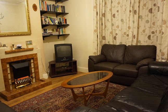 5 bed terraced house to rent in Ermine Road, Lewisham