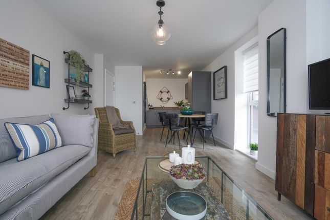 """Thumbnail Flat for sale in """"Oriana Apartments"""" at Vosper Road, Southampton"""