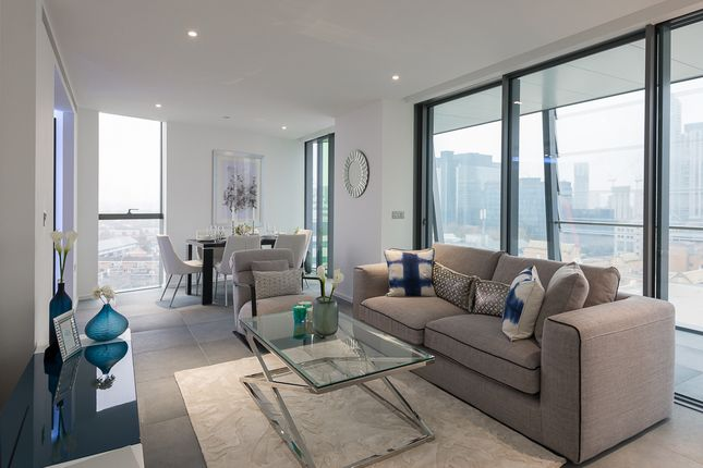 2 bed flat to rent in 3 Dollar Bay Place, London