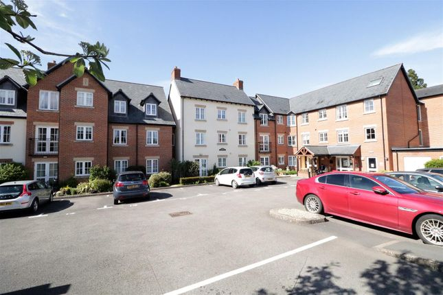 Thumbnail Flat to rent in Daffodil Court, Newent