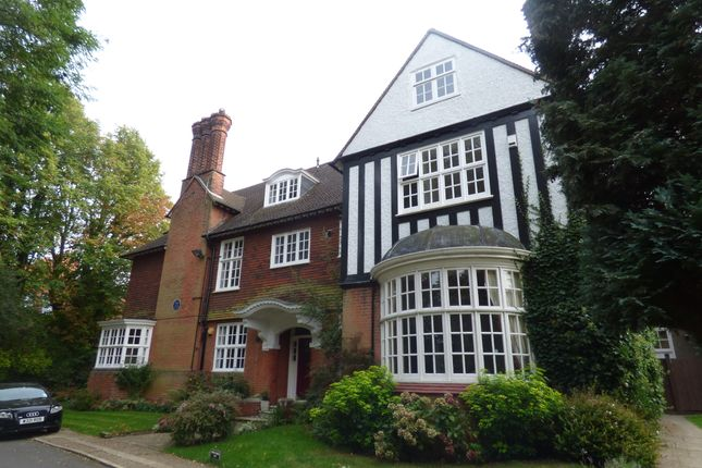 Thumbnail Flat to rent in Bonchester Close, Chislehurst