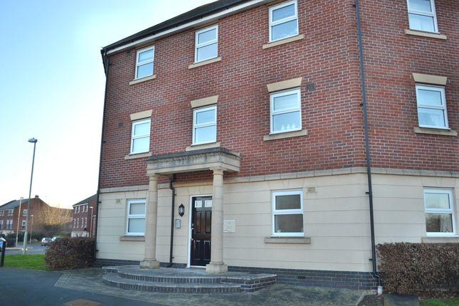 2 bed flat to rent in Daniels Meadow, Tuffley, Gloucester GL4
