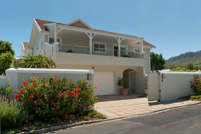 4 bed detached house for sale in Western Cape, South Africa
