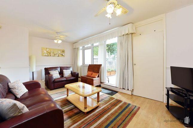 Thumbnail Duplex to rent in Pigott Street, London