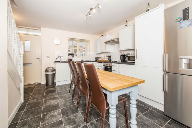 Kitchen of Canal Street, Wigston, Leicester LE18