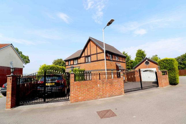 Thumbnail Semi-detached house for sale in Clos Eileen Chilcott, Swansea
