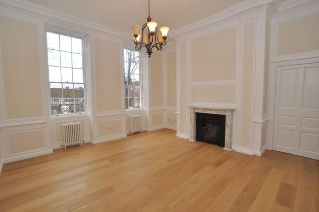 2 bed flat to rent in 21 High Street, Baldock SG7