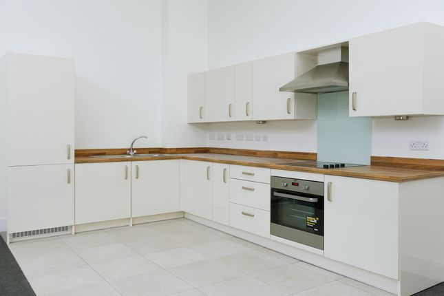 Thumbnail Town house for sale in Wheatsheaf Way, Knighton Fields, Leicester