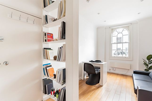 Thumbnail Flat for sale in St. Peter's Street, London