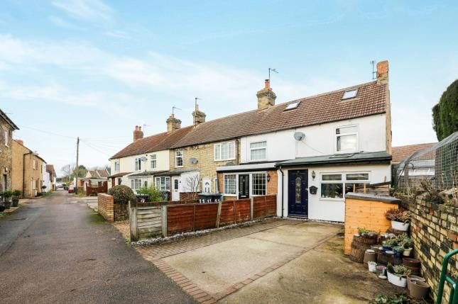 Thumbnail End terrace house for sale in Albert Road, Arlesey, Bedfordshire, England