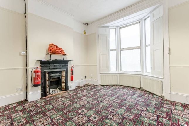 Thumbnail Property to rent in Pembroke Road, Walthamstow Village