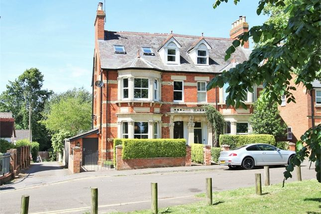 Thumbnail Semi-detached house to rent in Fairview Road, Wokingham, Berkshire