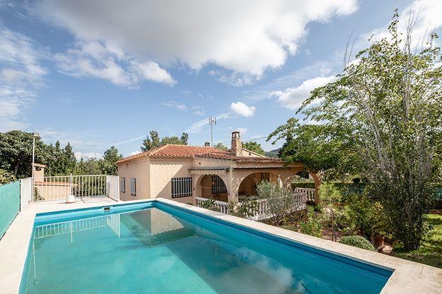 Villa for sale in Vilamarxant, Valencia, Spain