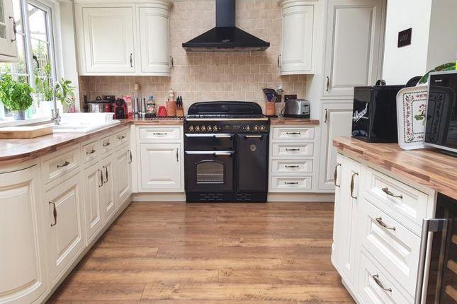 Thumbnail Detached house to rent in Cheltenham Road, Longlevens, Gloucester