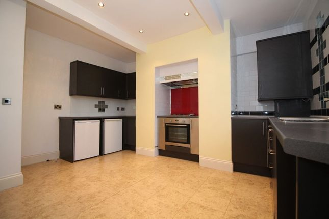 Thumbnail Terraced house to rent in Park Road West, Crosland Moor, Huddersfield