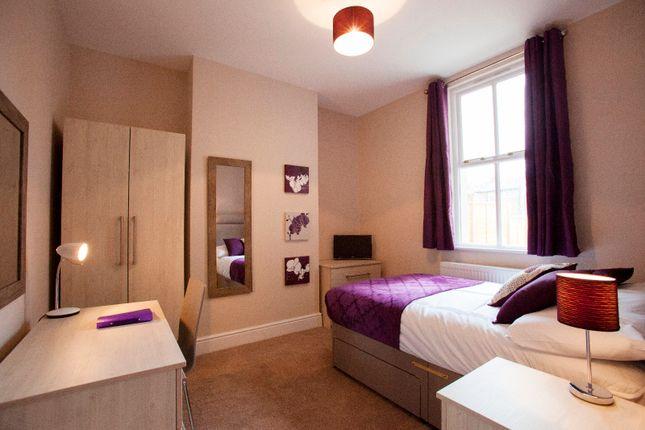 Room to rent in Waylen Street, Reading
