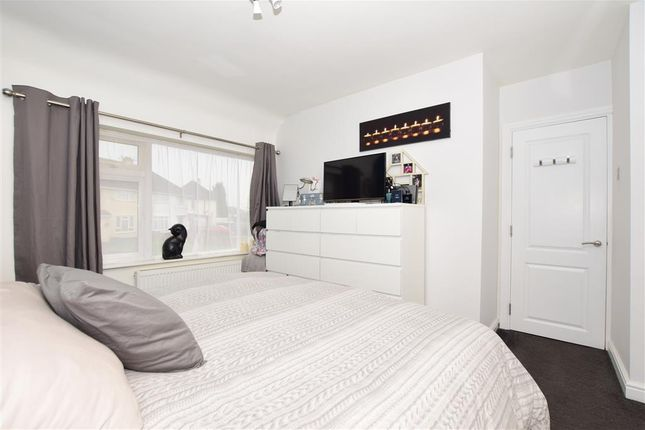Bedroom 1 of Leicester Road, Maidstone, Kent ME15