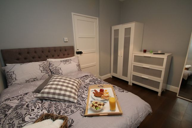Room to rent in Speakman House, Gibraltar Walk, Bethnal Green