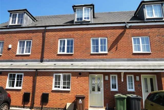 Thumbnail Property to rent in Equestrian Grove, Walsall
