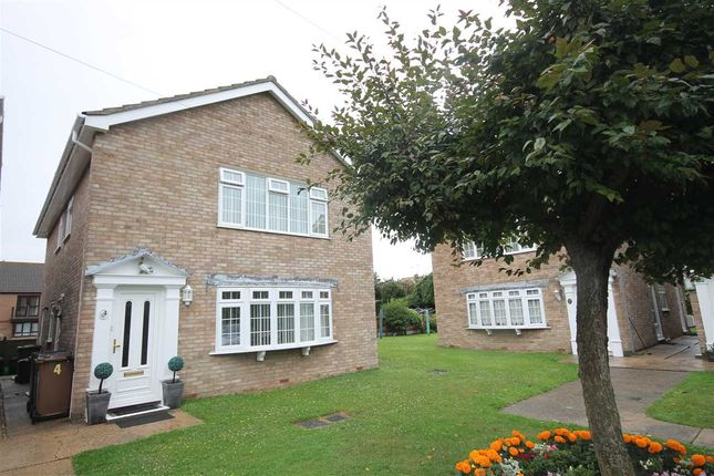 Thumbnail Flat for sale in St James Court, Wash Lane, Clacton On Sea