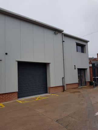 Industrial to let in James Road, Tyseley