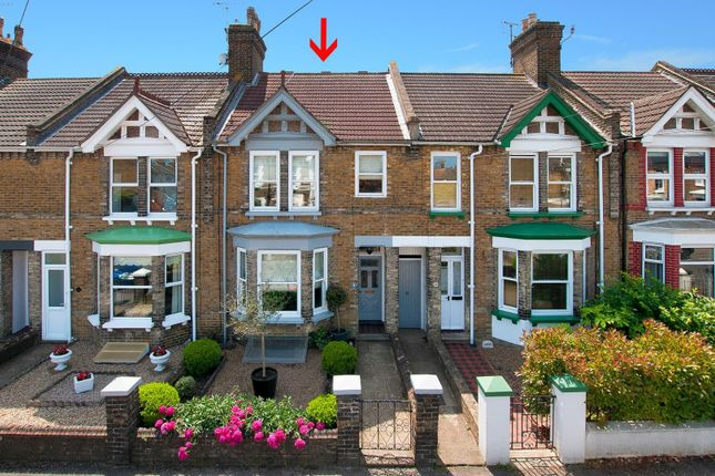Thumbnail Terraced house for sale in Briton Road, Faversham
