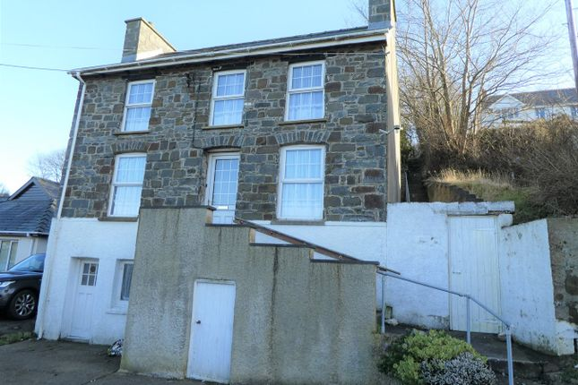 Thumbnail Detached house for sale in Towyn Road, New Quay