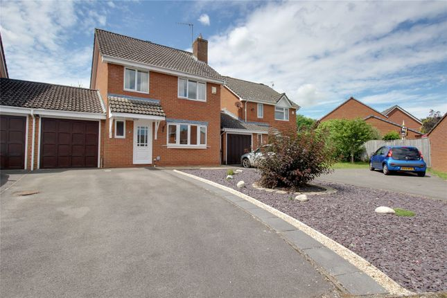 4 bed link-detached house for sale in Russley Close, Peatmoor, Swindon SN5