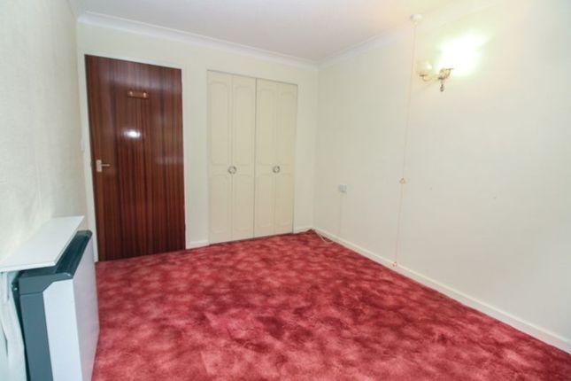 Bedroom of Homegarth House, Leeds LS8