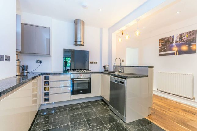 Thumbnail Flat to rent in St Pauls Road, Highbury And Islington