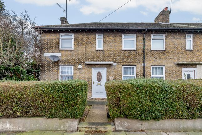 3 bed flat for sale in Pennant Terrace, London