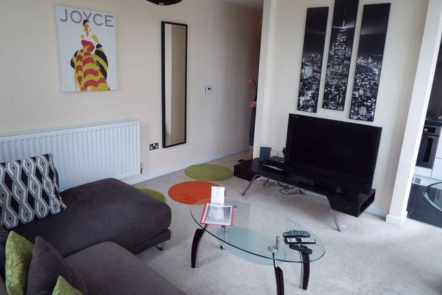 Thumbnail Flat to rent in 401 Witan Gate, Milton Keynes