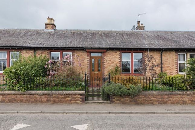 Thumbnail Cottage for sale in 15 Gorton Road, Rosewell, Midlothian