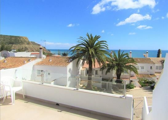 3 bed town house for sale in 8600 Luz, Portugal