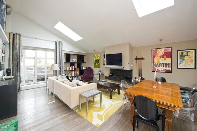 Thumbnail Flat to rent in Artesian Road, London