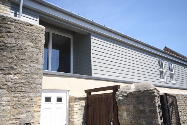 Thumbnail Flat for sale in Jones Mews, Off Corn Street, Witney Town Centre