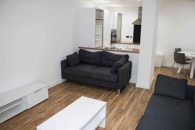Thumbnail Flat To Rent In Michigan Avenue Salford Quays
