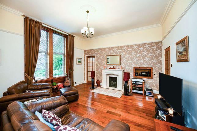Thumbnail Flat for sale in Milliken Park Road, Kilbarchan, Johnstone