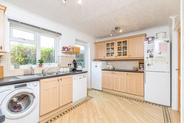 Kitchen of The Mixies, Stotfold, Hitchin, Herts SG5