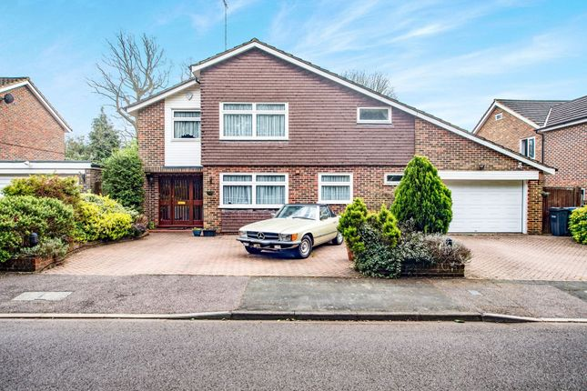 Thumbnail Detached house for sale in Birchmead, Nascot Wood, Watford