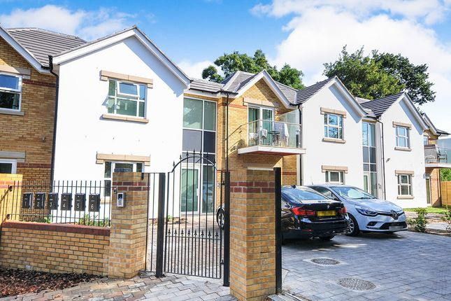 Thumbnail Flat for sale in Rowden Road, Beckenham